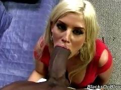 blacksonblondes-Julie Cash