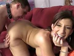 We have the ultimate MILF participating in the ultimate cuckold session. Sara Jay