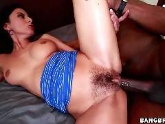 Nikki Daniels Loves Big Dicks!